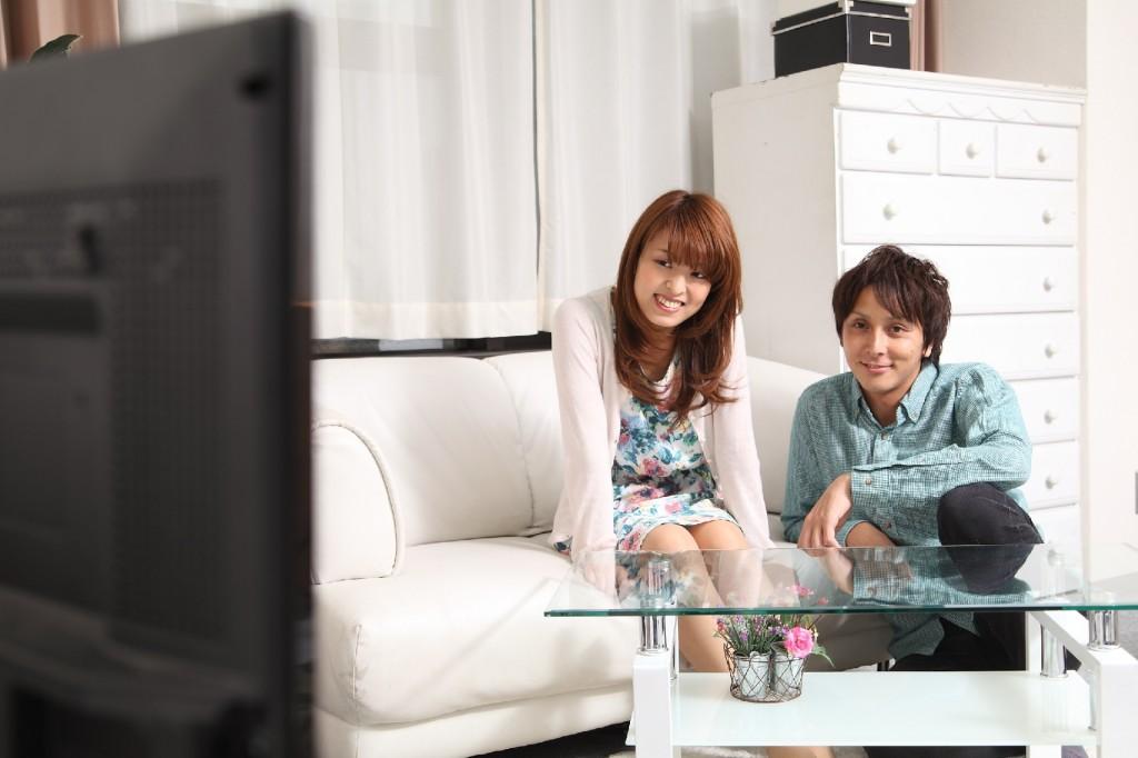 テレビ p
